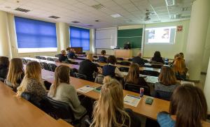Pracownicy i studenci kolejny raz przeszkoleni z baz danych